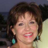 Sales Rep Tracy Arnett Hall