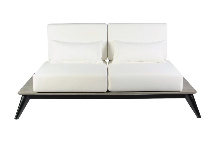 Kakaban Loveseat Front Centered 270FT002P2BW