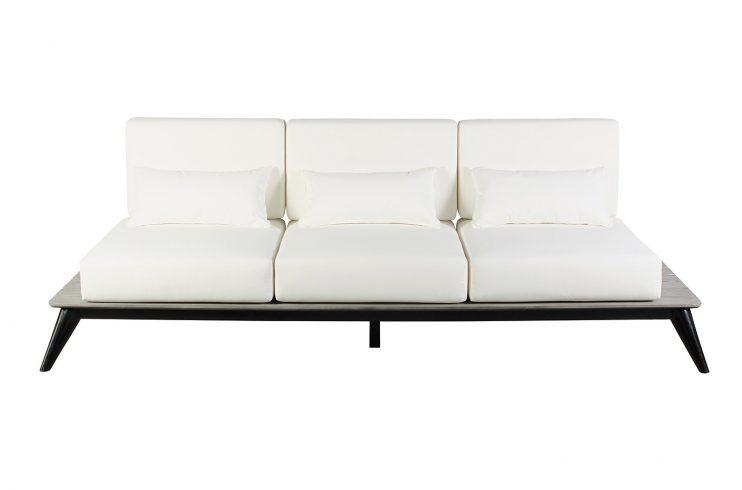 Kakaban Sofa Front Centered 270FT003P2BW